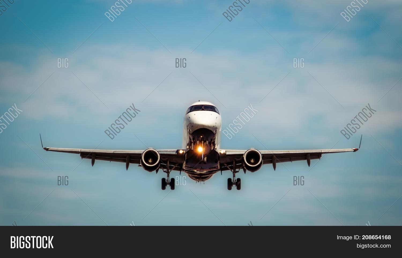 Jet Landing Lights Image & Photo (Free Trial) | Bigstock