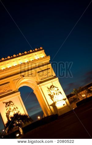 Awesome Arch De Triomphe At Night