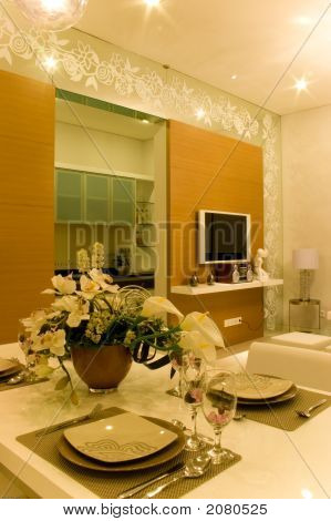 Dinning Room With Good Interior Design