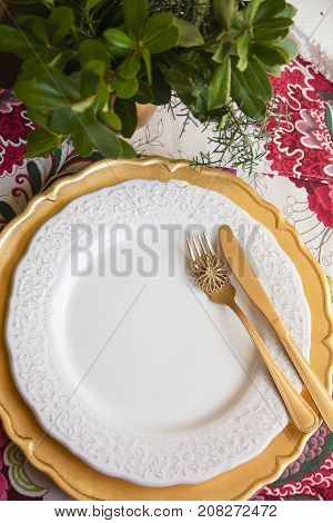 Christmas Place Setting, Gold And Flowers