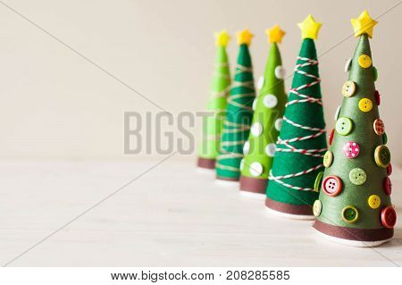 Alternative Christmas Tree Cones. Christmas Tree Made Of Thread And Yarn. Christmas Tree Decorated W