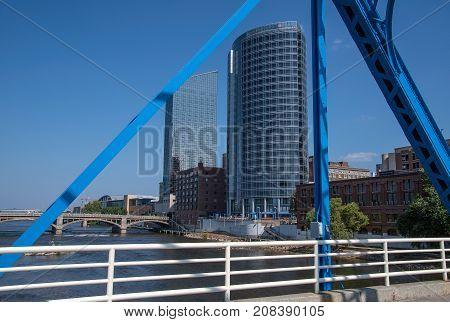 city building in Grand Rapids Michigan framed in metal bridge steel structure