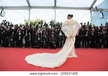 CANNES, FRANCE - MAY 16: Sonam Kapoor attends the 'Loving' premiere during the 69th annual Cannes Film Festival at the Palais des Festivals on May 16, 2016 in Cannes