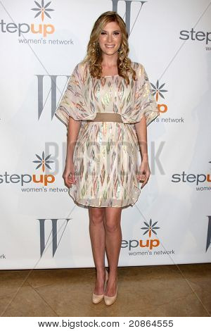 LOS ANGELES - JUN 10:  Elle Fowler arrives at the 8th Annual Inspiration Awards Benefiting Step-up Women's Network at Beverly Hilton Hotel on June 10, 2011 in Beverly Hills, CA
