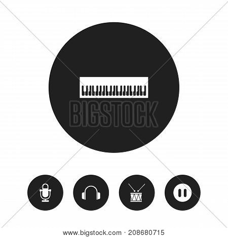 Set Of 5 Editable Media Icons. Includes Symbols Such As Earphone, Drum, Phonogram And More