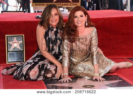 LOS ANGELES - OCT 06:  Debra Messing and Mariska Hargitay arrives for the Debra Messing Hollywood Walk of Fame Star Ceremony on October 6, 2017 in Hollywood, CA