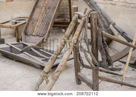 tools and utensils of medieval agriculture, ancient European farming instruments