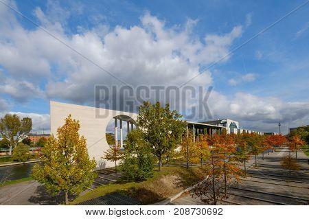 Bundeskanzleramt ( german chancellery) government district during autumn in Berlin