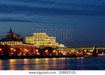 MOSCOW RUSSIA-September 16 2017. The General Staff building on the Frunzenskaya embankment. Night city.