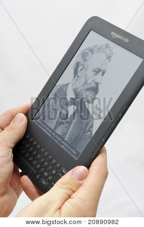 Ebook Reader - Amazon Kindle