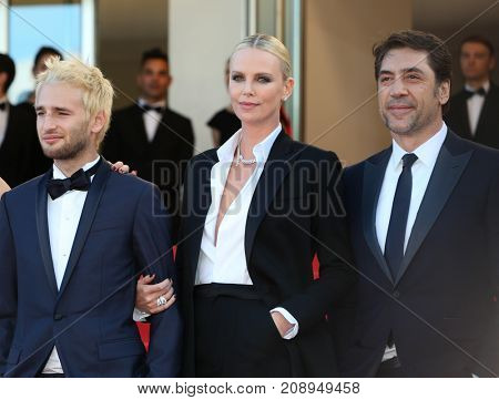 CANNES, FRANCE - MAY 20: Hopper Penn, Charlize Theron, Javier Bardem  attends the 'The Last Face' premiere. 69th annual Cannes Film Festival at the Palais des Festivals on May 20, 2016 in Cannes