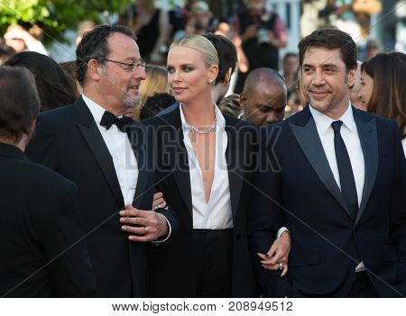 CANNES, FRANCE - MAY 20: Jean Reno,  Charlize Theron, Javier Bardem attend the 'The Last Face' premiere. 69th annual Cannes Film Festival at the Palais des Festivals on May 20, 2016 in Cannes
