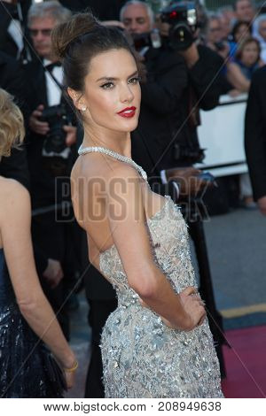 CANNES, FRANCE - MAY 20: Alessandra Ambrosio attends the 'The Last Face' premiere. 69th annual Cannes Film Festival at the Palais des Festivals on May 20, 2016 in Cannes