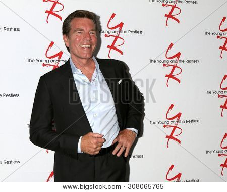 LOS ANGELES - JUN 23:  Peter Bergman at the Young and The Restless Fan Club Luncheon at the Marriott Burbank Convention Center on June 23, 2019 in Burbank, CA