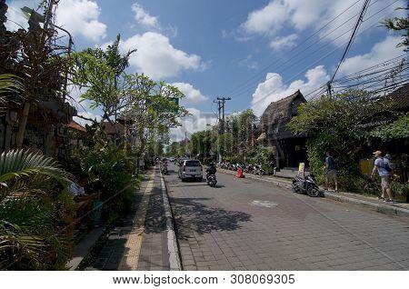 Ubud, Bali, Indonesia - 12th April 2019 : Street View Of The Jalan Raya - Ubud Main Road On A Sunny