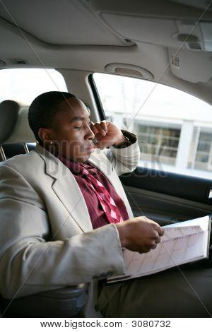 Geschäftsmann In Auto