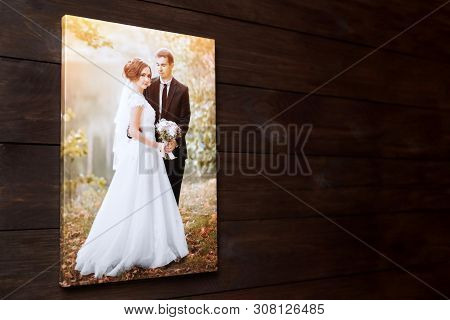 Photo Canvas Print. Sample Of Stretched Wedding Photography With Gallery Wrap, Side View. Bridal Por