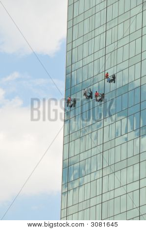Skyscraper Window Washers