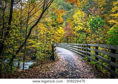 Scenic Mountain Views Along Virginia Creeper Trail