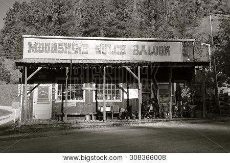 Rochford, South Dakota, June 24,2019: The Moonshine Gulch Saloon , Located In Rochford, Sd, Was Esta