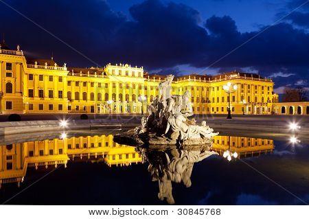 Vienna By Night, Schonbrunn Palace