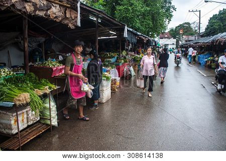 Mae Hong Son, Thailand, August 22: Unidentified People On Local Market In Mae Hong Son On August 22,