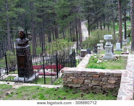 May 28, 2011, Burial Sites Of Calamity Jane And Wild Bill Hickok, Mount Moriah Cemetery, Deadwood, S