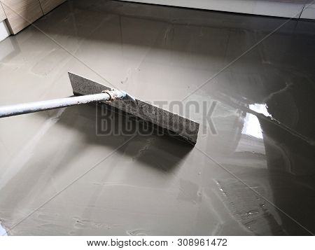 Self-leveling Concrete Is Typically Used To Create A Flat And Smooth Surface With A Compressive Stre