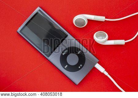 Calgary, Alberta, Canada. Feb 13, 2021. Ipod Mini Smaller Digital Audio Player That Was Designed And