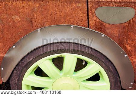 Rusty Tuned Retro Car, Old Green Wheel Close Up