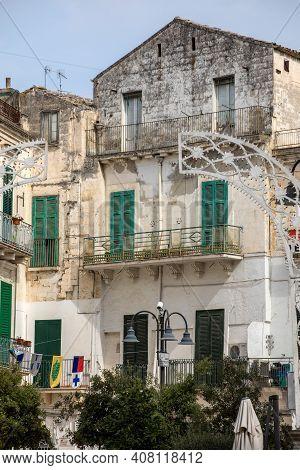 Gravina In Puglia, Italy -september 19, 2019: The Historic Center Of A Gravina In Puglia. A Charming