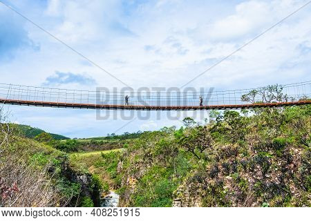 Capitólio - Mg, Brazil - December 08, 2020: Suspension Bridge Of The Belvedere Of The Canyons Seen F