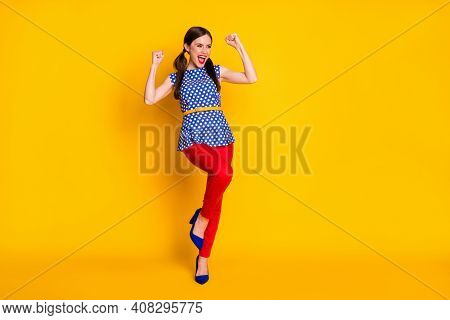 Full Length Body Size View Of Her She Nice Attractive Lovely Glamorous Cheerful Cheery Brown-haired