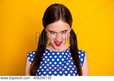 Close-up Portrait Of Her She Nice Attractive Lovely Funky Scary Brown-haired Girl Grimacing Scaring