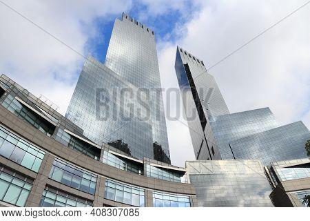 New York, Usa - July 4, 2013: Columbus Circle In New York. Columbus Circle With Famous Time Warner C