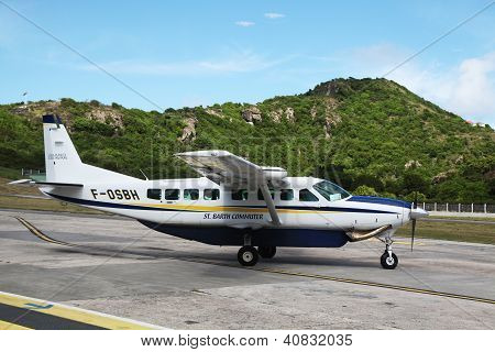 St Barth commuter aircraft ready to take off