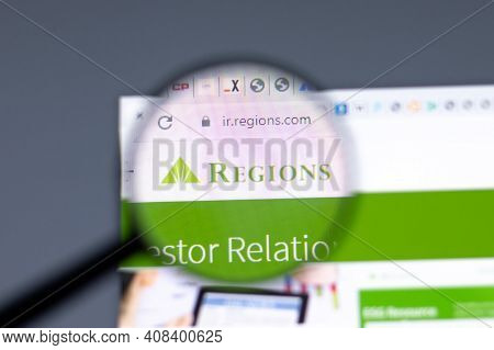 New York, Usa - 15 February 2021: Regions Financial Website In Browser With Company Logo, Illustrati