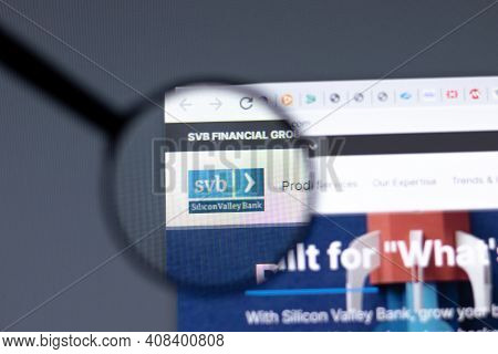 New York, Usa - 15 February 2021: Svb Financial Group Silicon Valley Bank Website In Browser With Co
