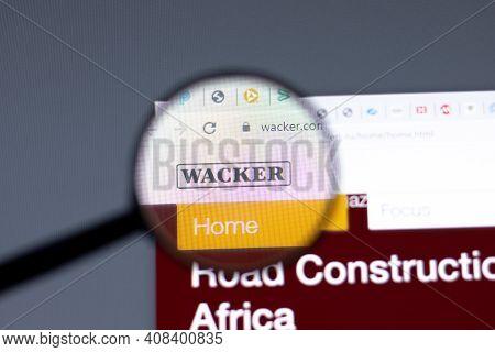 New York, Usa - 15 February 2021: Wacker Chemie Ag Website In Browser With Company Logo, Illustrativ