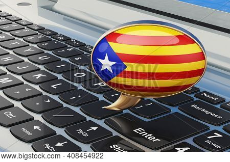 Learn Catalan Online Concept. Speech Balloon With Catalan Flag, 3d Rendering Isolated On White Backg