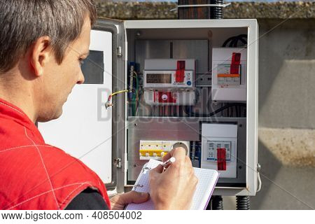 A Resident Of A Country House Records The Monthly Readings Of The Electricity Meter