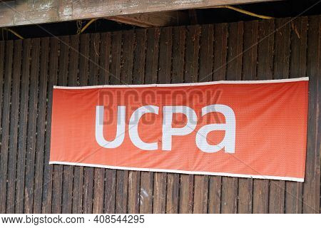Bordeaux , Aquitaine France - 02 13 2021 : Ucpa Sign Logo And Text Of French Non Profit Organisation