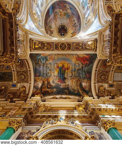 St Petersburg Russia - August 15, 2017. Ceiling Ornated With Bible Paintings In The Interior Of The