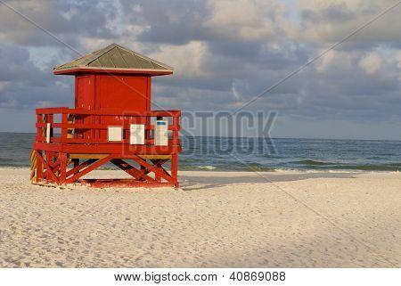 Lifeguard Hut Red