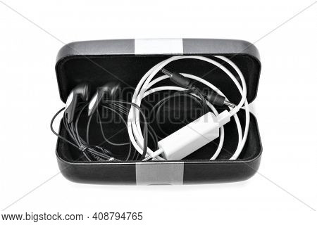 Lifehacks; Use sunglasses case to store your cables in your backpack or suitcase