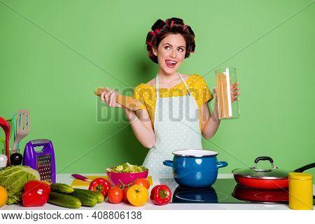 Dreamy Positive Girl Boil Saucepan Pasta Look Copyspace Imagine Yummy Supper Lick Lips Tongue Table