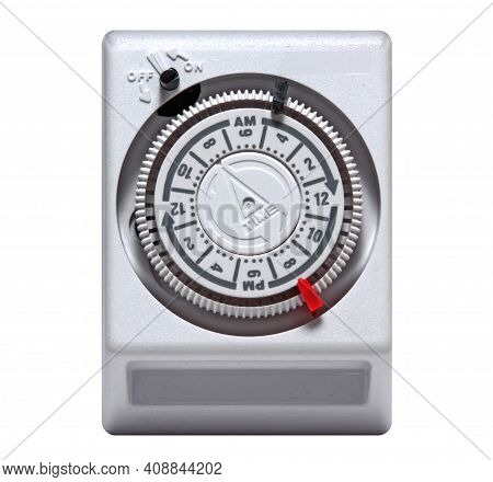 Plug-in Timer Mechanical 24 Hour.  Mechanical Outlet Timer. Home Security Supply. Smart Home Tools.