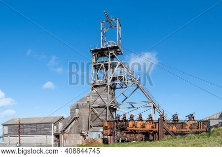 Pendeen.cornwall.united Kingdom.february 20th 2020.view Of The Victory Shaft At Geevor Tin Mine In C