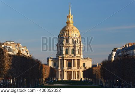 Chapel Of Saint-louis-des-invalides 1679 In Les Invalides National Residence Of Invalids Complex, Pa