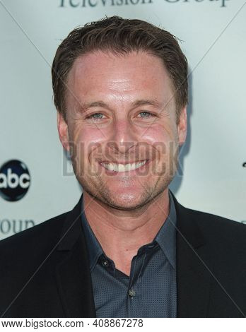 LOS ANGELES - AUG 08: Chris Harrison arrives to the 2009 Disney-ABC Televison Group Summer Press Tour on August 08, 2009 in Pasadena, CA